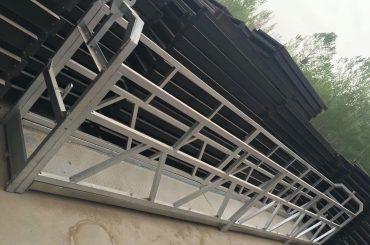 zlp630 / 800 ll形鋁合金,鋼結構懸掛式工作平台升降在建築物的窗戶上